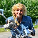 Elke mit Motorrad